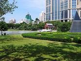 Benchasiri Park - Wikipedia, the free encyclopedia