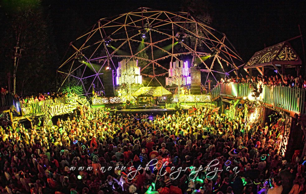 Headline for In the Moment: 10 Electronic Dance Music Festivals