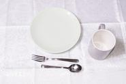 How to Arrange a Place Setting for a Formal Dinner