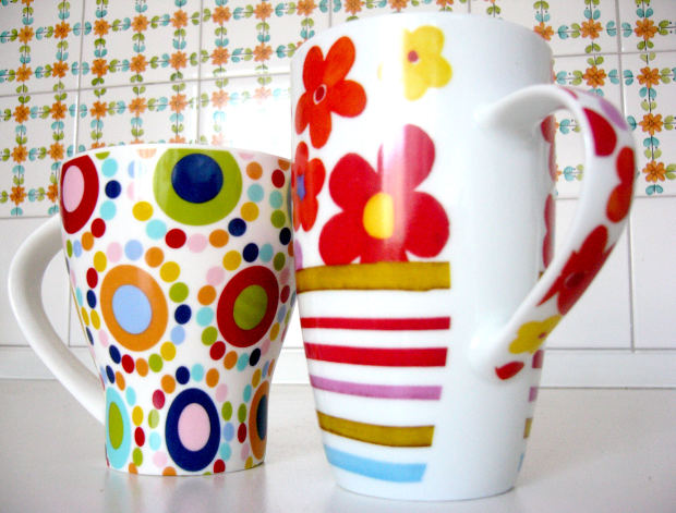 Headline for Funky Kitchen Accessories: Bright and Contemporary Kitchen Accessories