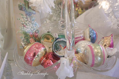 Headline for Beautiful Mercury Glass Ornaments For Your Christmas Tree